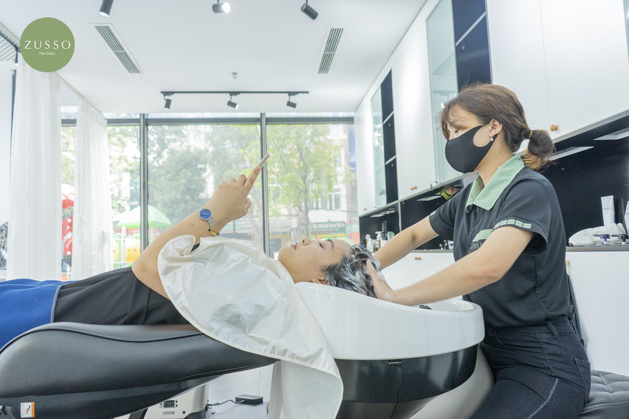 Nhuộm tóc an toàn cho mẹ sau sinh tại Zusso Hair Salon